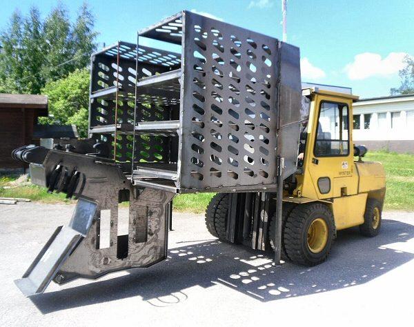 Reponen Oy on vaativia keskiraskaita teräsrakenteita valmistava alihankintakonepaja. Olemme toimineet Nakkilassa vuodesta 1986. Asiakasystävällisessä palvelussa pyrimme joustaviin toimitusaikoihin sekä tuotteidemme kilpailukykyiseen hinta-laatu -suhteeseen.